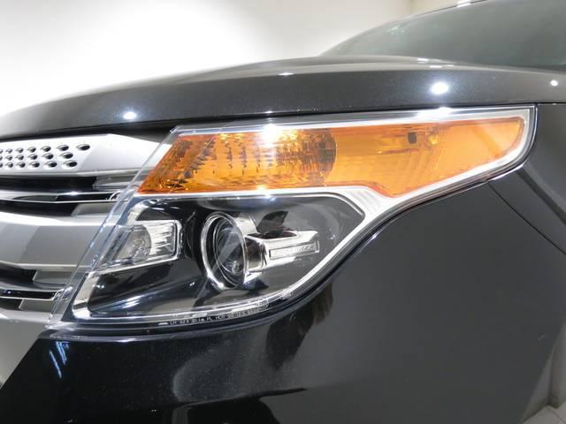 フォード フォード エクスプローラー XLTエコブーストBLISナビTVリアモニFSBカメ電動本革