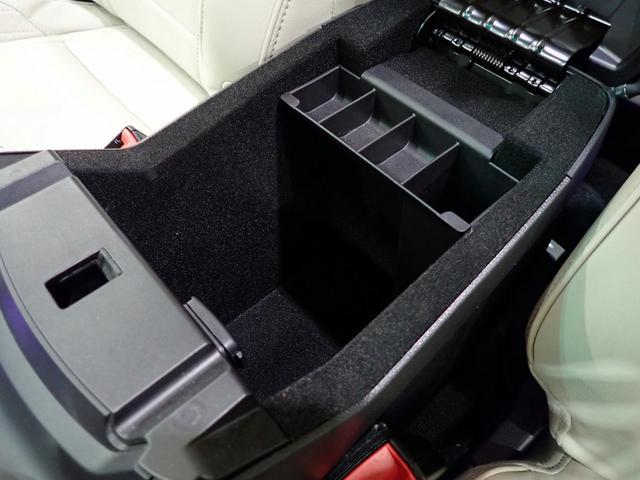 タイタニアムFSRカメLED二ルヴ革電席2SR0.1パ除菌済(16枚目)