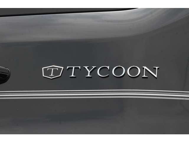 2016年式フォード トランジットバン XLT SPORT ROOF  弊社オリジナルTYCCONパッケージ 特別仕様車を象徴するTYCOONエンブレムも装着
