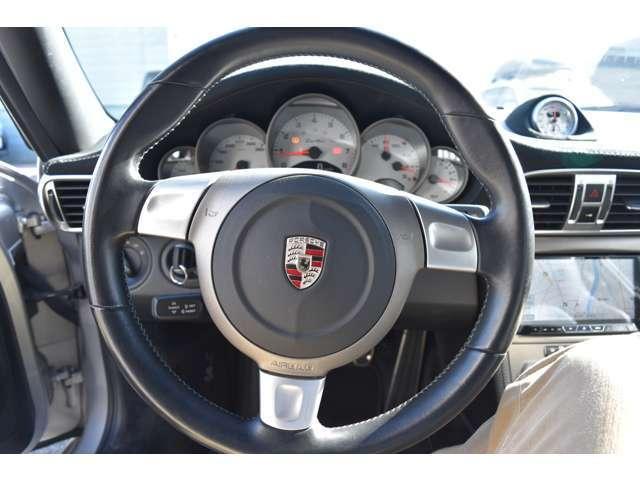 911ターボ 4WD 6MT(6枚目)
