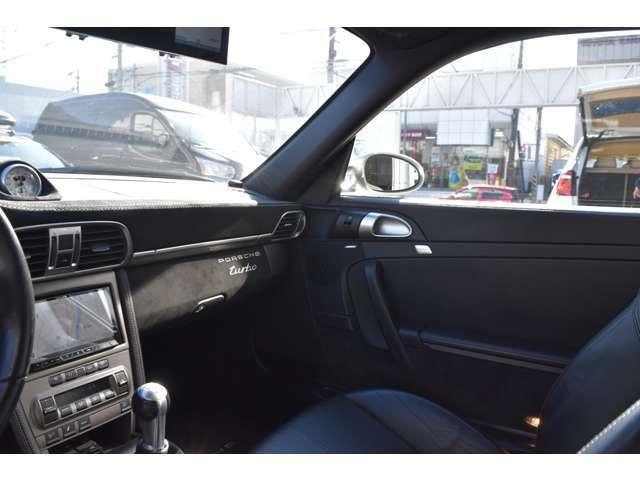 911ターボ 4WD 6MT(8枚目)