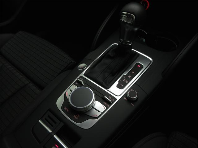 アウディ アウディ A3スポーツバックe-トロン 認定中古LEDライトP 1オーナー Bカメラ