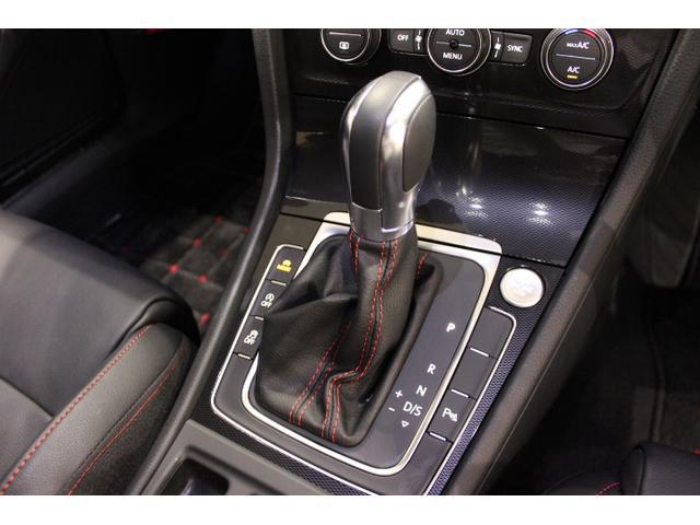 フォルクスワーゲン VW ゴルフGTI DCC レザー 18インチアルミ ナビ Rカメ