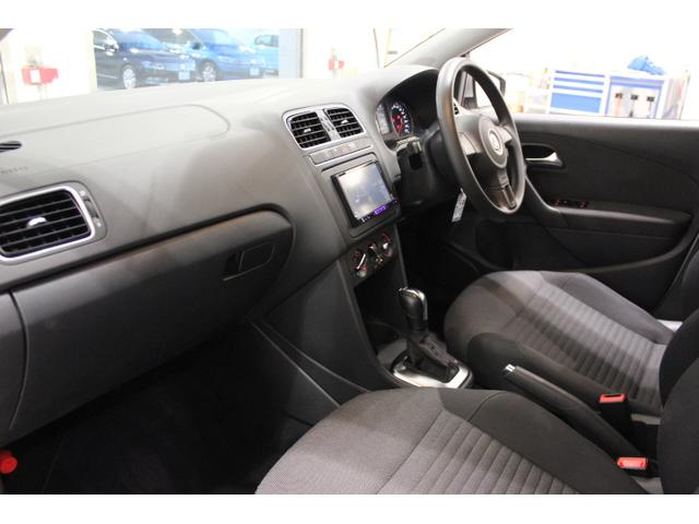 フォルクスワーゲン VW ポロ TSIコンフォートライン ナビ Rカメ