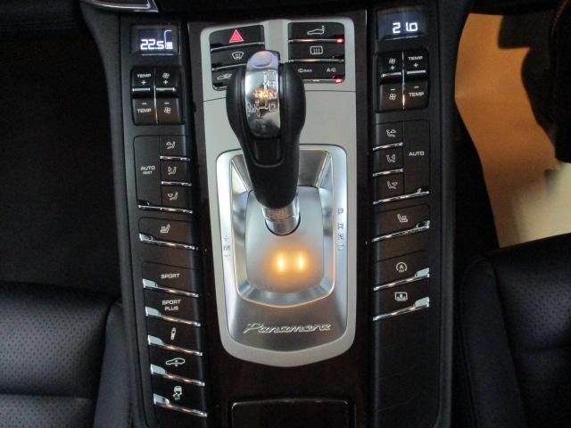 ポルシェ ポルシェ パナメーラ Sサンルーフ ブラックレザー LEDヘッドライト Sクロノ