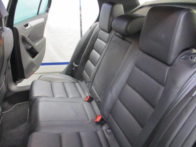 フォルクスワーゲン VW ゴルフ R 4WD レザーシート NAVI Bカメラ