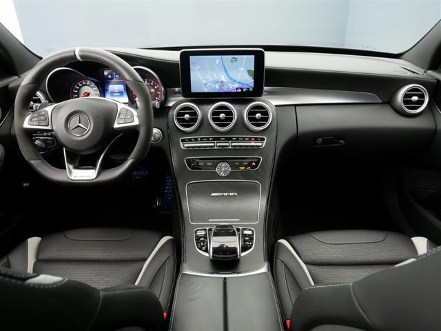 C63 S エクスクルーシブパッケージ 1年保証 新車保証(11枚目)