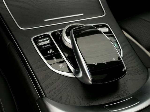 C63 S エクスクルーシブパッケージ 1年保証 新車保証(16枚目)