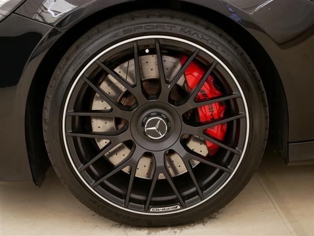 C63 S エクスクルーシブパッケージ 1年保証 新車保証(18枚目)