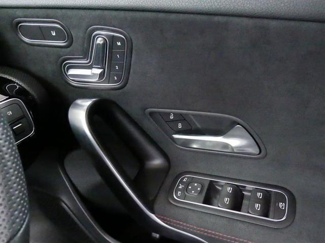「メルセデスベンツ」「Mクラス」「コンパクトカー」「東京都」の中古車15