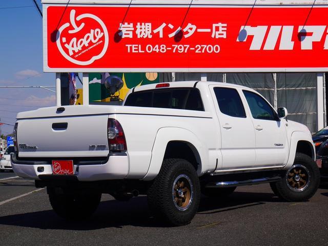 米国トヨタ タコマ ダブルキャブ 新並 リフトアップ