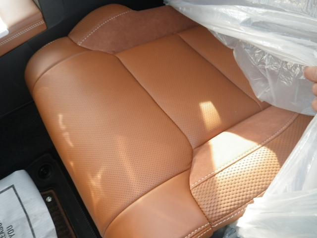 米国トヨタ タンドラ クルーマックス1794ED 18y TSS-P トノカバー