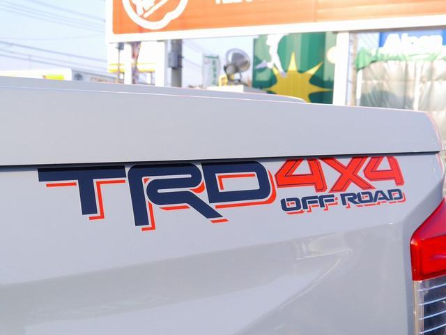 米国トヨタ タンドラ クルーマックスSR54WD 18年モデルトノカバー