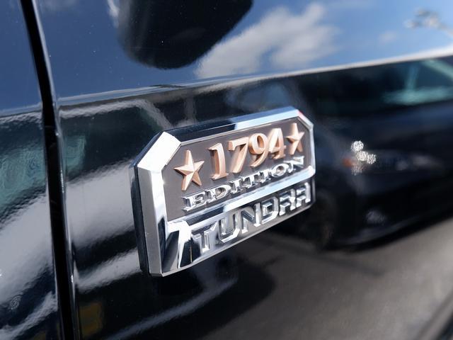 クルーマックス 1794エディション 新車並行 最上級グレード フルカスタム4WDアルパインBIGナビF/S/Bカメラ木目調パネル シートヒーターエアコンKMCホイールTRDPROグリル ブッシュワーカーオーバーフェンダー LEERシェル(32枚目)