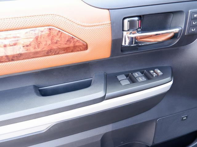 クルーマックス 1794エディション 新車並行 最上級グレード フルカスタム4WDアルパインBIGナビF/S/Bカメラ木目調パネル シートヒーターエアコンKMCホイールTRDPROグリル ブッシュワーカーオーバーフェンダー LEERシェル(39枚目)