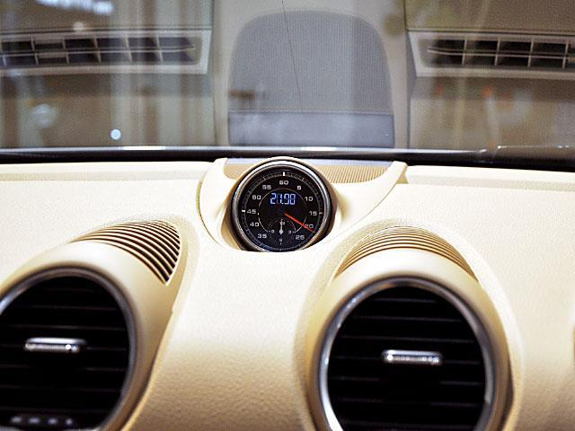 ポルシェ ポルシェ 718ボクスター  テックアートデモカー ワンオーナー禁煙車