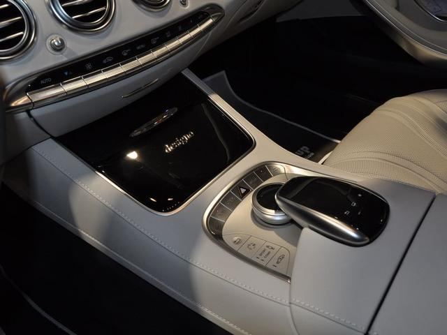 S63 AMG 4マチック クーペ エディション 1(10枚目)
