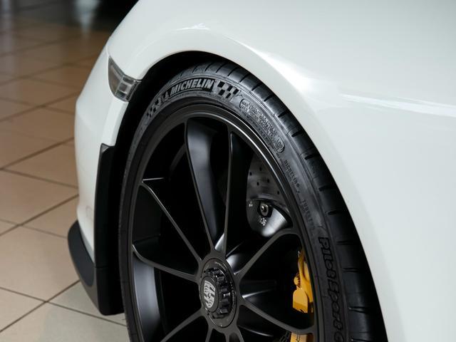 911R 国内正規ディーラー車 世界991台限定 シングルマスフライホイール スポーツエグゾースト フロントリフター スポーツクロノ チタンマフラ PCCB 純正ナビゲーション プロテクションフィルム(7枚目)
