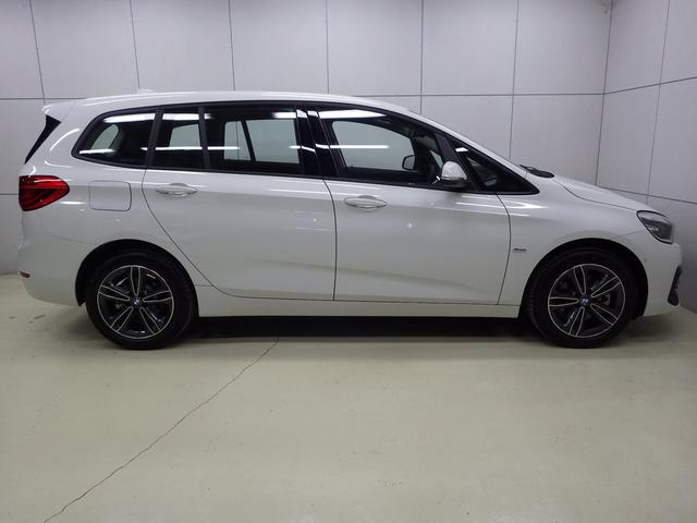 218iグランツアラー スポーツ セイフティP 認定中古車(8枚目)