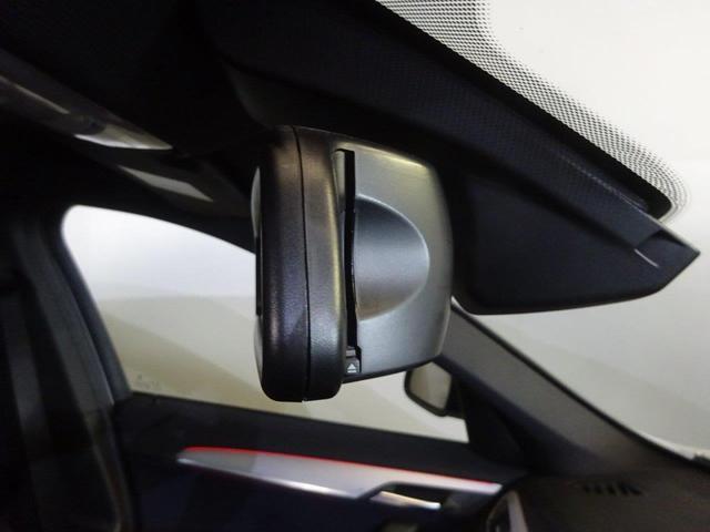 sDrive 18i MスポーツコンフォートPシートヒーター(16枚目)