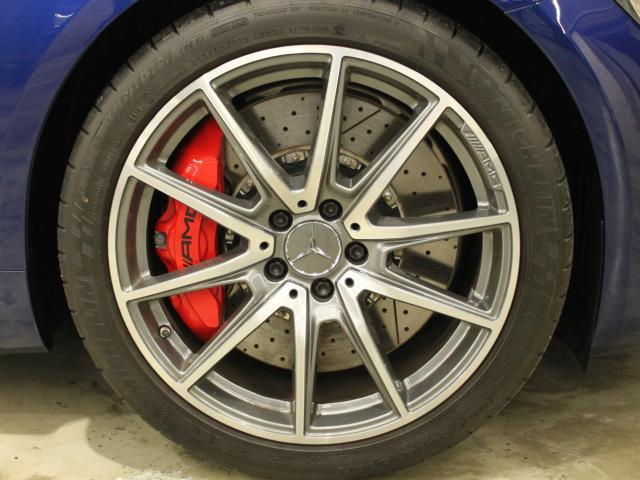 メルセデスAMG メルセデスAMG GT S フルレザー・シルバークローム&カーボンP