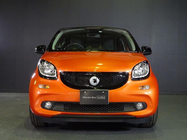 ターボ smart forfour turbo ディーラーオプションナビゲーション 本革シート 認定中古車(2枚目)