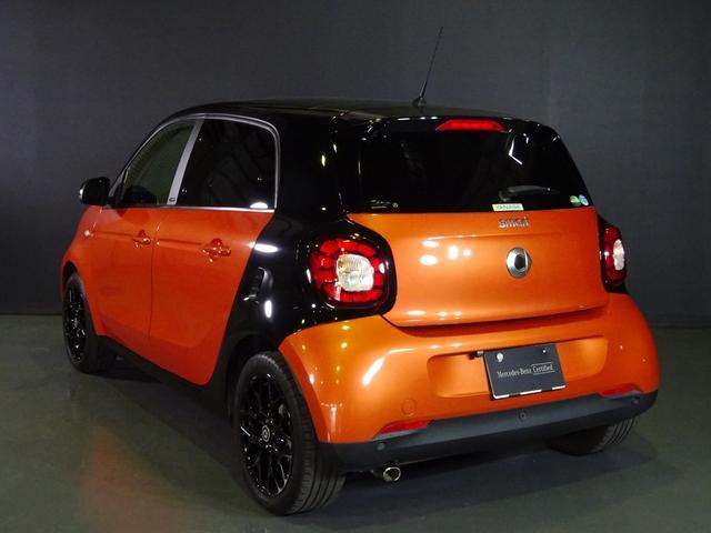 ターボ smart forfour turbo ディーラーオプションナビゲーション 本革シート 認定中古車(7枚目)
