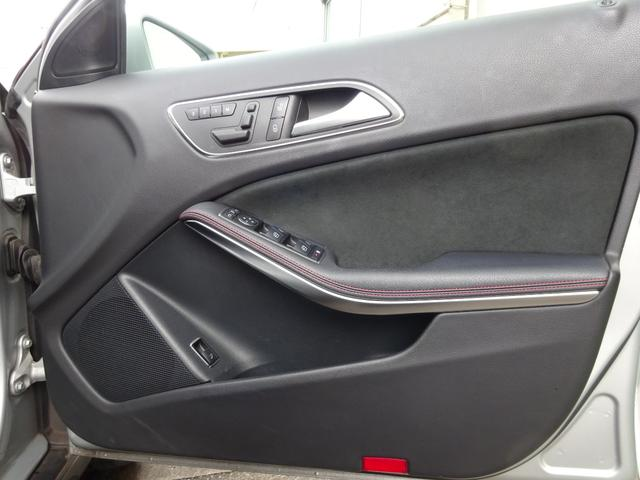GLA180 スポーツ パノラミック スライディングルーフ 認定中古車(11枚目)
