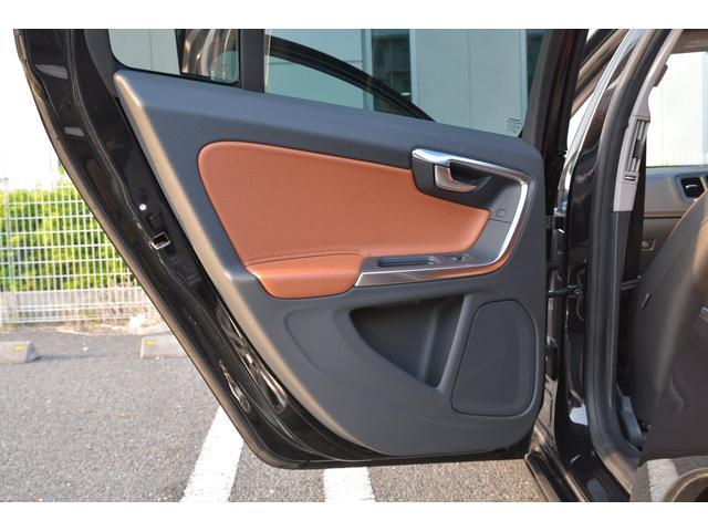 T6 AWD SE レザー電動シート BLIS 純正ナビ禁煙(9枚目)