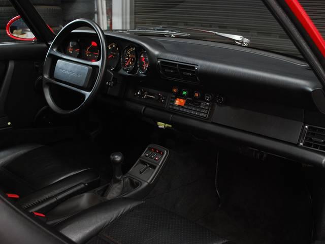 ポルシェ ポルシェ 911カレラ2 5MT ビルシュタイン ENGオーバーホール