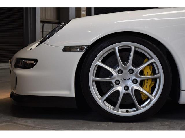 911 GT3 Street PCCB レザーインテリア(18枚目)