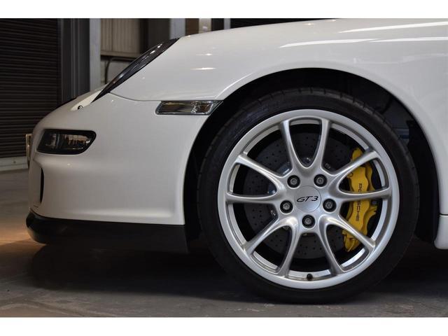 911 GT3 Street PCCB レザーインテリア(19枚目)