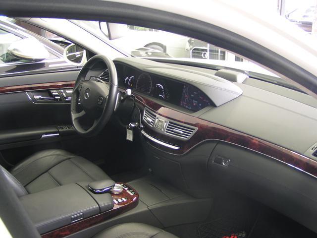 ★高年式・高品質のお車を数多く取り揃えております。