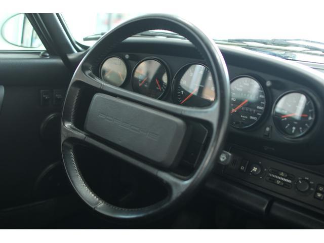 911カレラ2 カブリオレ 5速MT ディーラー車(6枚目)