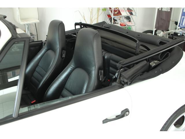 911カレラ2 カブリオレ 5速MT ディーラー車(11枚目)