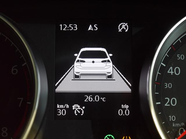 フォルクスワーゲン VW ゴルフ TSIハイライン 新車保証 スマートキーACCディスカバナビ