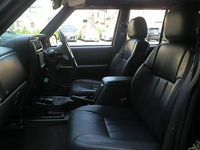 クライスラー・ジープ クライスラージープ チェロキー リミテッド黒革HDDナビフルセグETCHIDリフトUP整備付