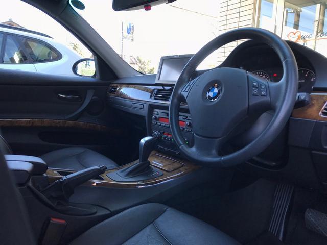 BMW BMW 323i ハイラインパッケージ 黒革 ナビ ETC HID