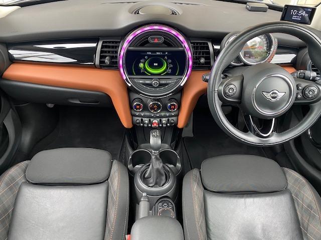 クーパーSD セブン 限定車・パノラマルーフ・純正ナビ・バックカメラ・LED・ETC・前後ドラレコ・シートヒーター(14枚目)