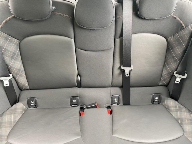 クーパーSD セブン 限定車・パノラマルーフ・純正ナビ・バックカメラ・LED・ETC・前後ドラレコ・シートヒーター(24枚目)