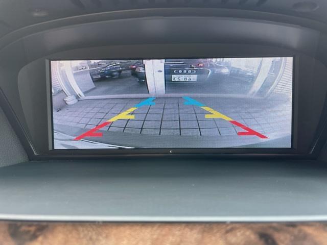 525iツーリングハイラインパッケージ 1オーナー・ベージュレザーシート・シートヒーター・iDriveナビ・HID・ETC・17AW(11枚目)
