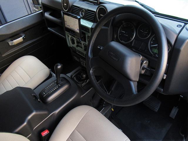 「ランドローバー」「ディフェンダー」「SUV・クロカン」「東京都」の中古車11