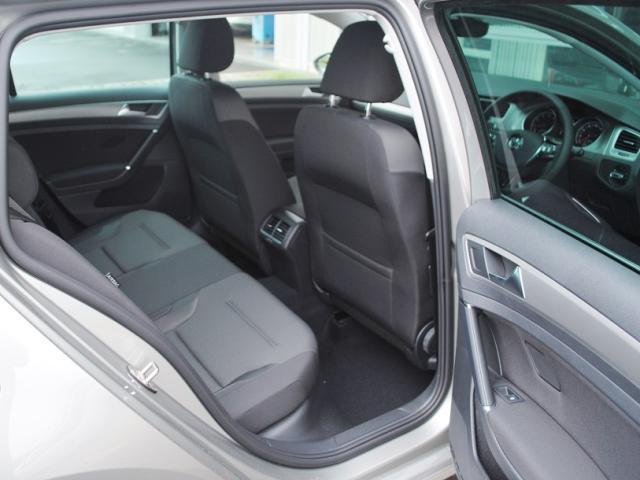 フォルクスワーゲン VW ゴルフヴァリアント TSI Comfortline Connect