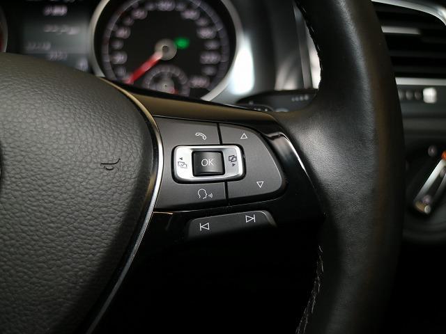 フォルクスワーゲン VW ゴルフヴァリアント TSI Comfortline 7.5デモカー 純正ナビ
