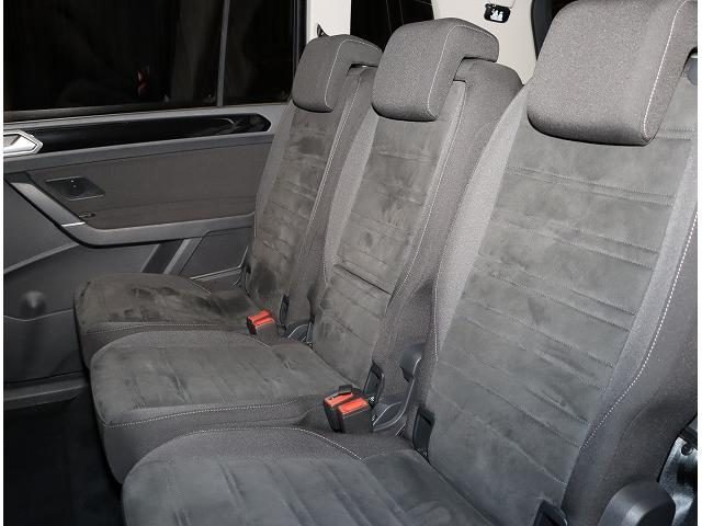 TSI ハイライン 認定中古車 純正ナビDiscoverProパッケージ 後部座席ツインモニター(10枚目)