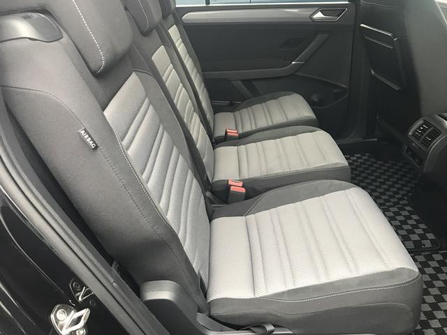 フォルクスワーゲン VW ゴルフトゥーラン R-Line VW認定中古車 Navi ETC