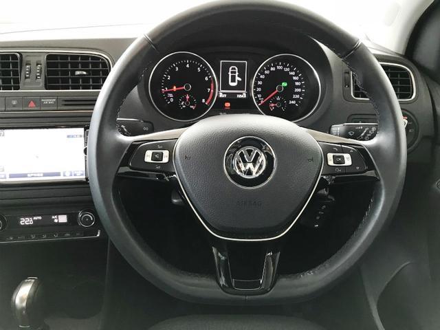フォルクスワーゲン VW ポロ TSI C/L VW認定中古車 純正ナビ ワンオーナー