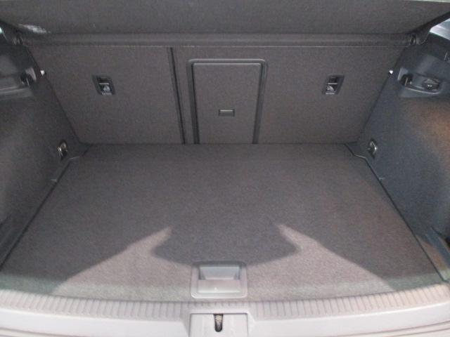 TSIコンフォートラインブルーモーションテクノロジー SDカーナビ ETC レインセンサー(オートワイパー) コンフォートシート 地デジTV アダプティブクルーズコントロール リアビューカメラ エレクトロニックパーキングブレーキ ドライブレコーダー(26枚目)