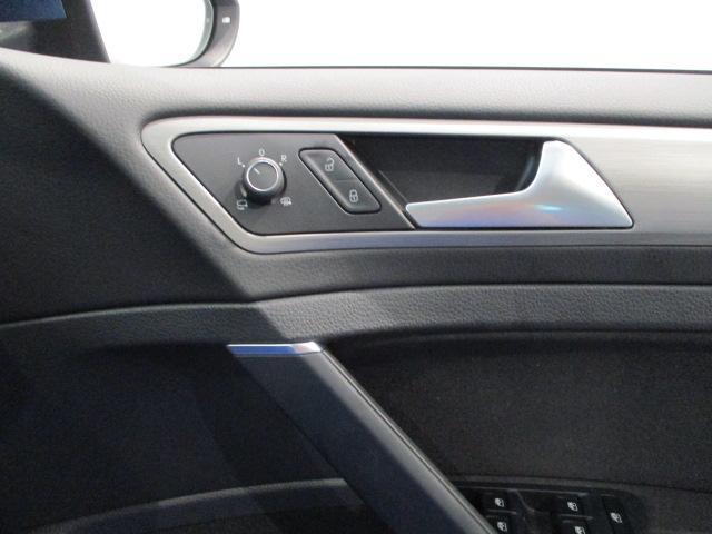 TSIコンフォートラインブルーモーションテクノロジー SDカーナビ ETC レインセンサー(オートワイパー) コンフォートシート 地デジTV アダプティブクルーズコントロール リアビューカメラ エレクトロニックパーキングブレーキ ハンズフリーシステム(22枚目)