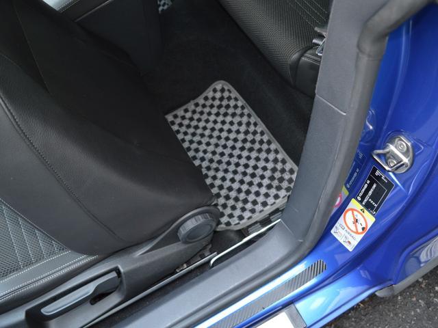 TSI ビルシュタインサスショック レムスマフラー 運転席レカロシート スロットルコントローラー ブレンボキャリパー 追加ブースト計 パナナビTV ドラレコ ETC HID アシュラレーダー 社外セキュリティ(39枚目)